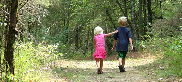 5 Ways to Help Your Children Walk in the Truth