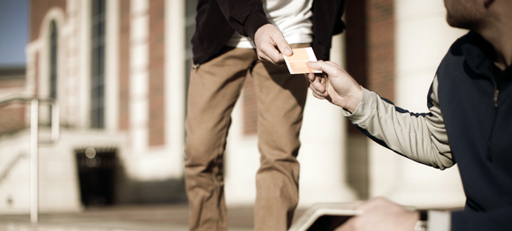 handing-a-tract